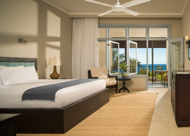 property living room condominium Bedroom hardwood home Suite Modern
