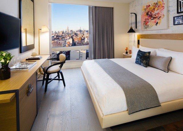 property Suite living room Bedroom home cottage condominium Modern