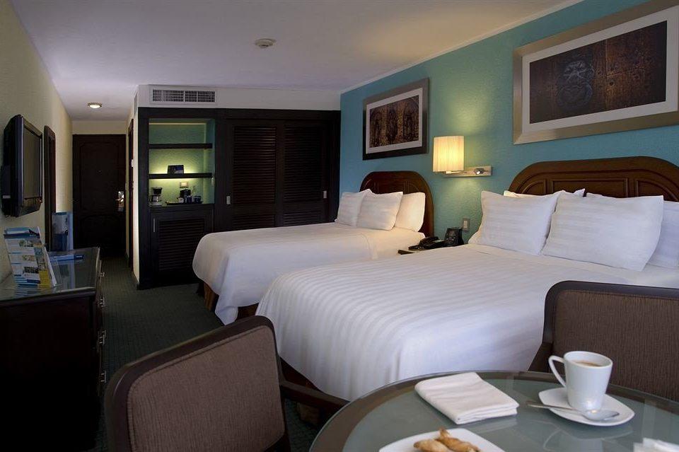 Bedroom Modern Suite property cottage living room condominium