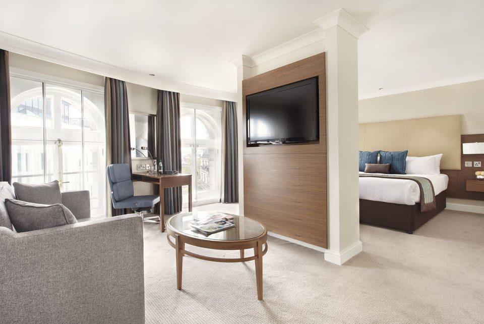 property living room home Suite condominium hardwood Bedroom cottage Modern