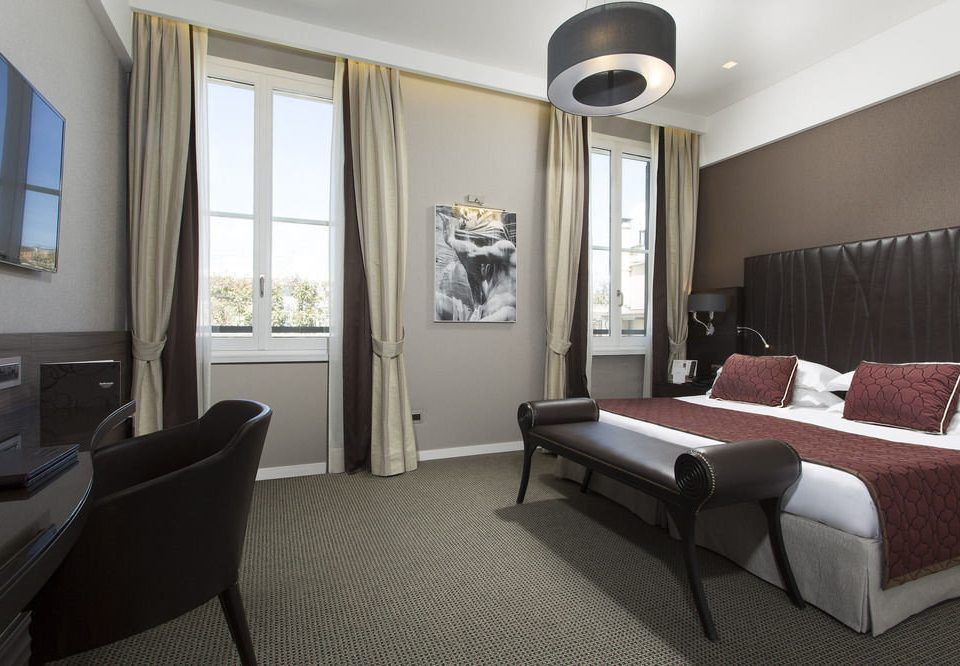 property Suite living room Bedroom condominium home cottage nice Modern flat leather