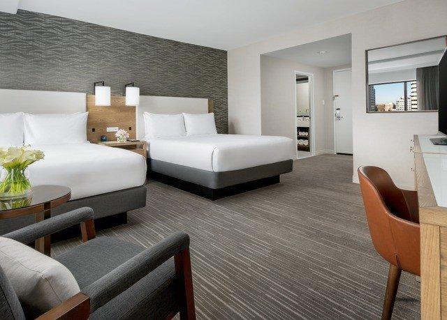 sofa property living room Suite hardwood Bedroom home condominium wood flooring flooring Modern flat