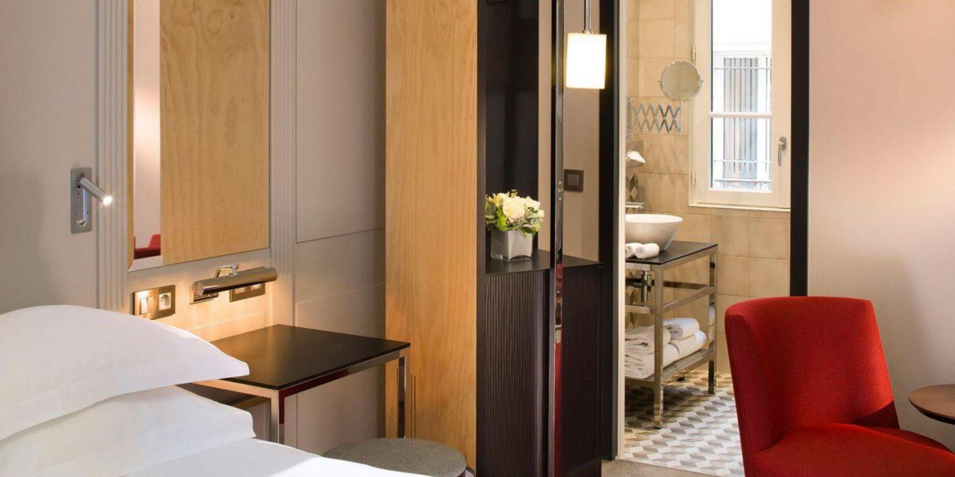 property Suite cottage Bedroom Modern
