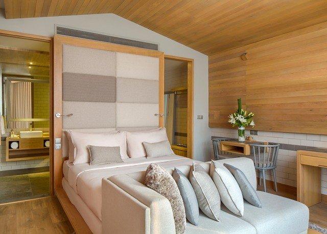 property Bedroom cottage yacht home Suite living room Modern