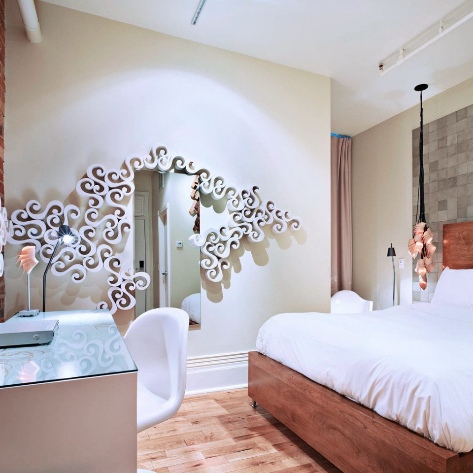 Bedroom Modern property Suite living room cottage