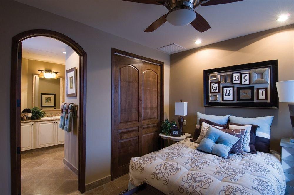 property Bedroom living room home Suite cottage mansion Modern