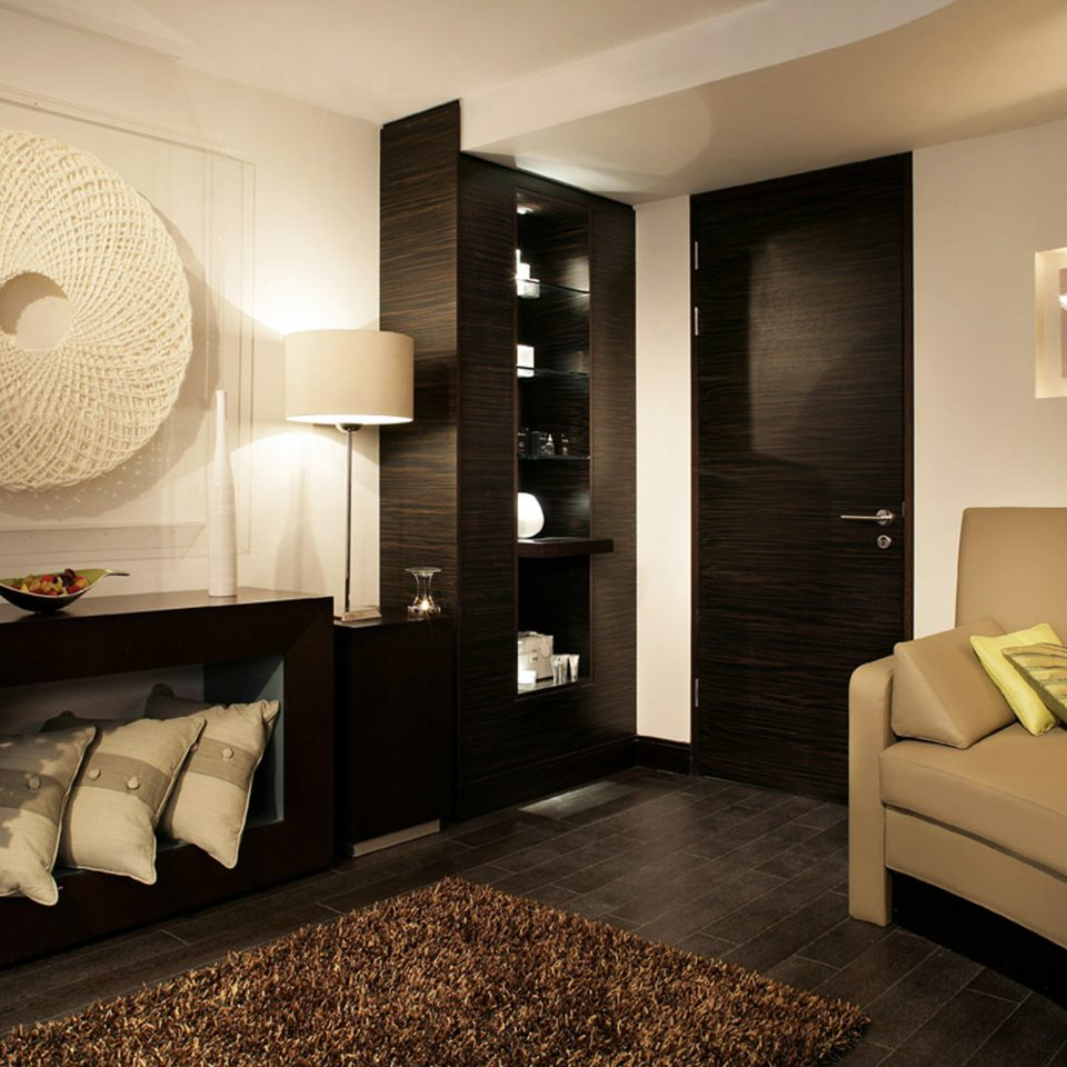 Modern property Bedroom home Suite living room