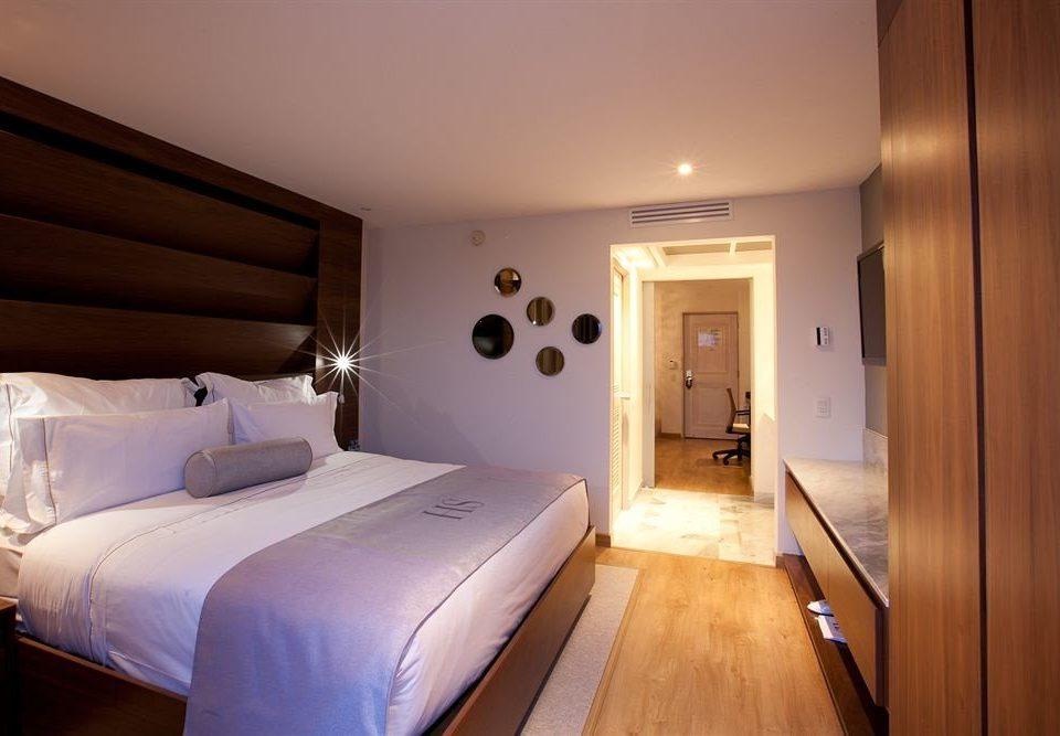 Bedroom Modern Tropical property wooden cottage Suite