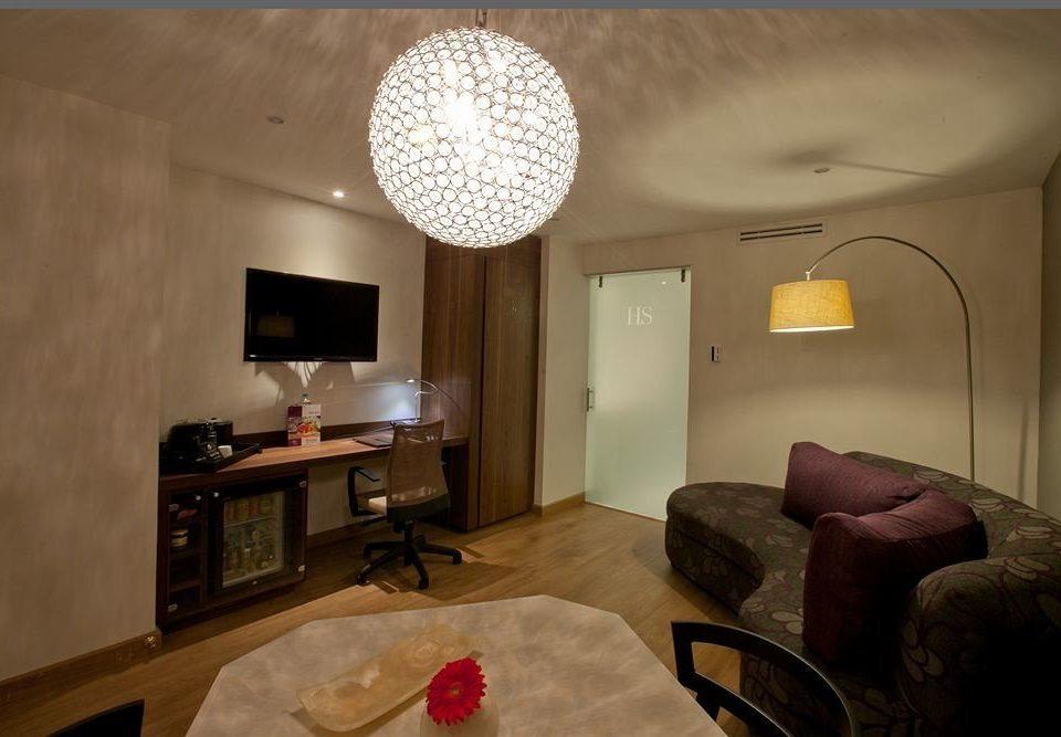Modern Tropical property living room home cottage Suite Bedroom flat