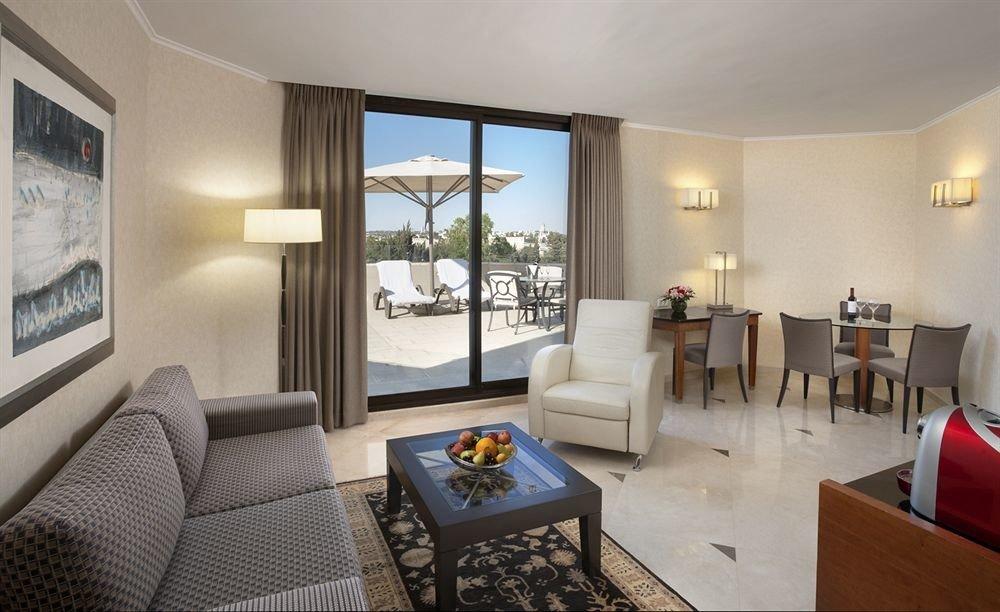 sofa property living room condominium Suite home cottage Villa Bedroom flat Modern