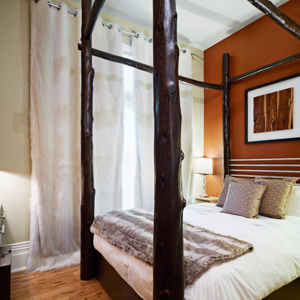 Bedroom Modern property building cottage Suite Villa