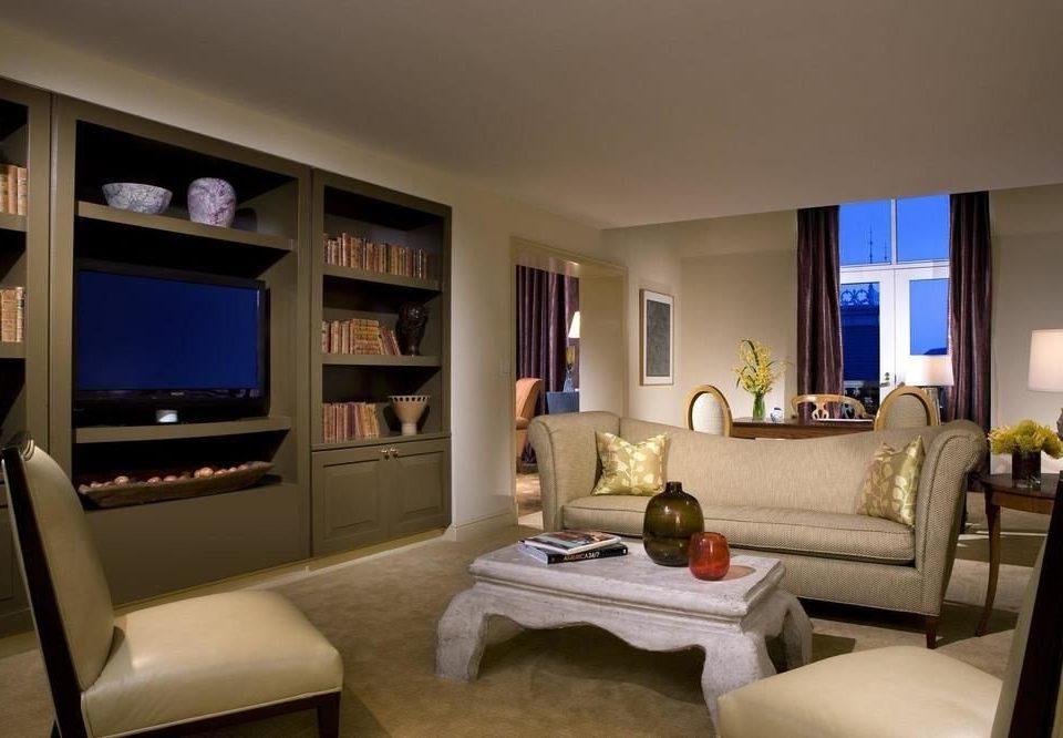 sofa living room property condominium home Suite cottage Villa flat Bedroom Modern