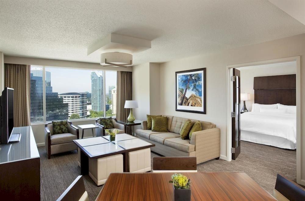 sofa property living room condominium home hardwood Villa Suite cottage Bedroom Modern flat