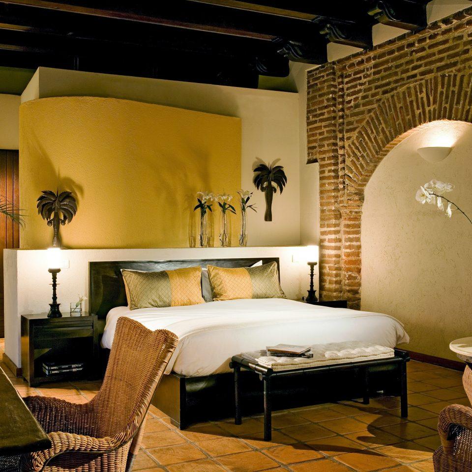 Bedroom Modern Suite property living room home Villa cottage