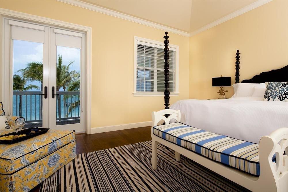 property Bedroom Suite home living room cottage Villa condominium striped Modern flat