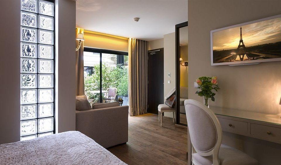 property home condominium Suite living room cottage Bedroom Villa Modern