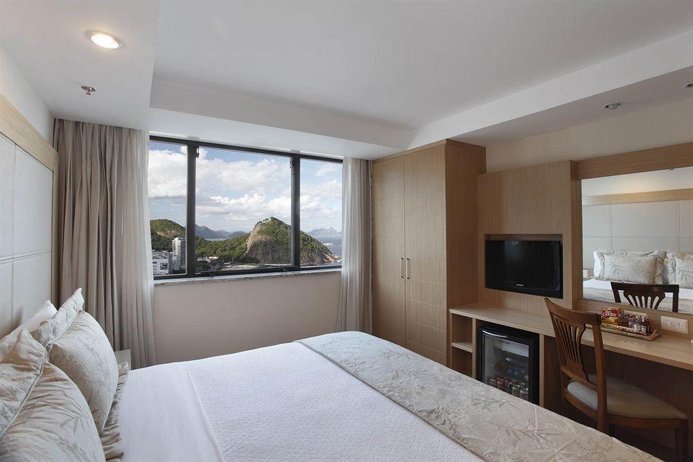 property Bedroom Suite home cottage condominium Villa Modern