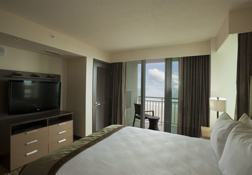 Bedroom Waterfront large property condominium Suite home pillow cottage big flat Modern clean