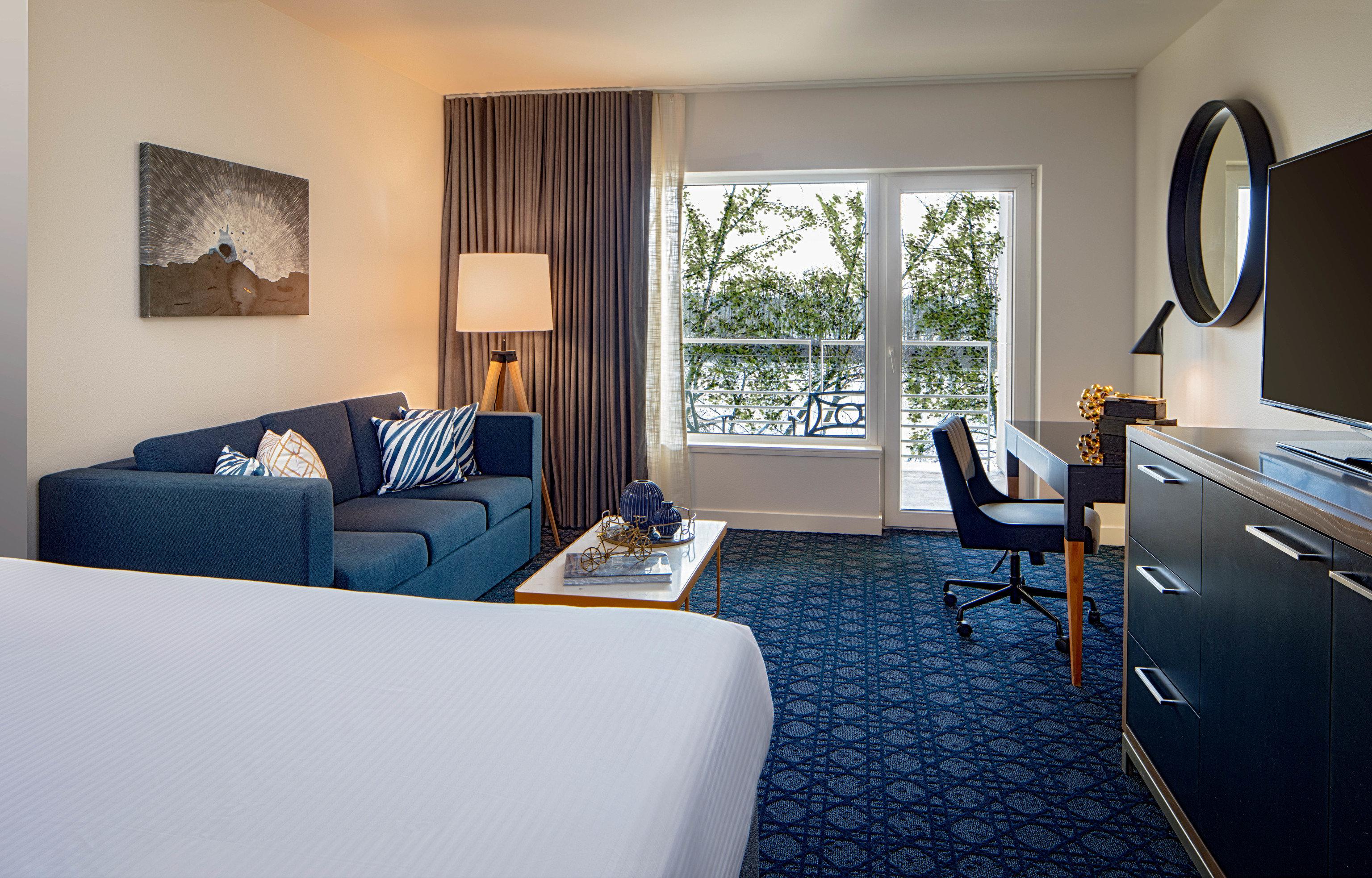 Suite Bedroom Modern