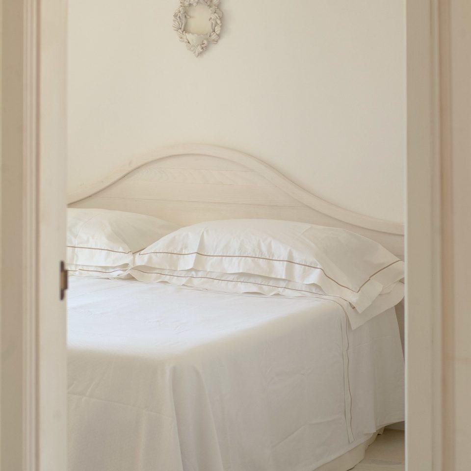 Bedroom Modern Wellness white product bed frame infant bed textile