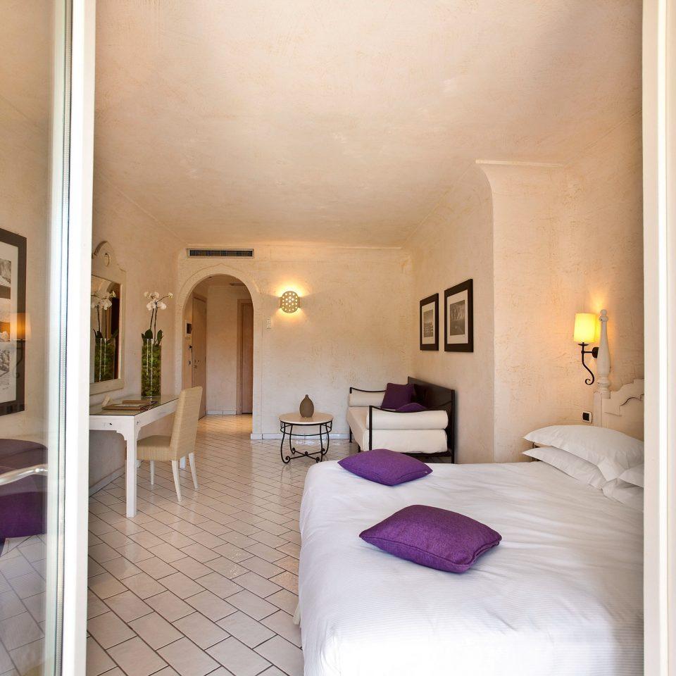 Bedroom Resort Romance Wellness property Suite white cottage Villa mansion
