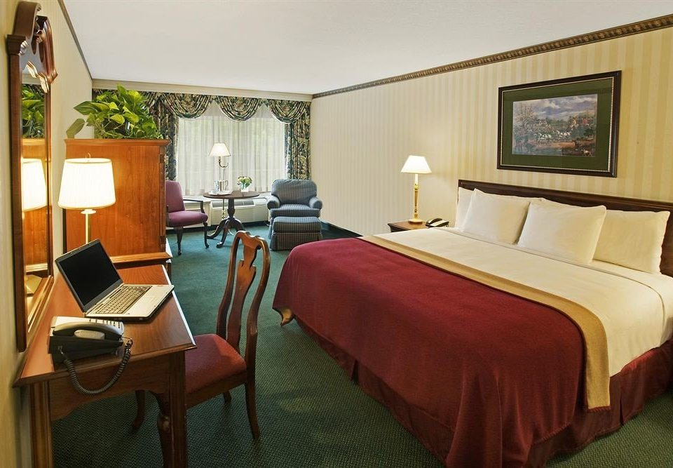 Bedroom Romantic property chair Suite cottage Resort lamp