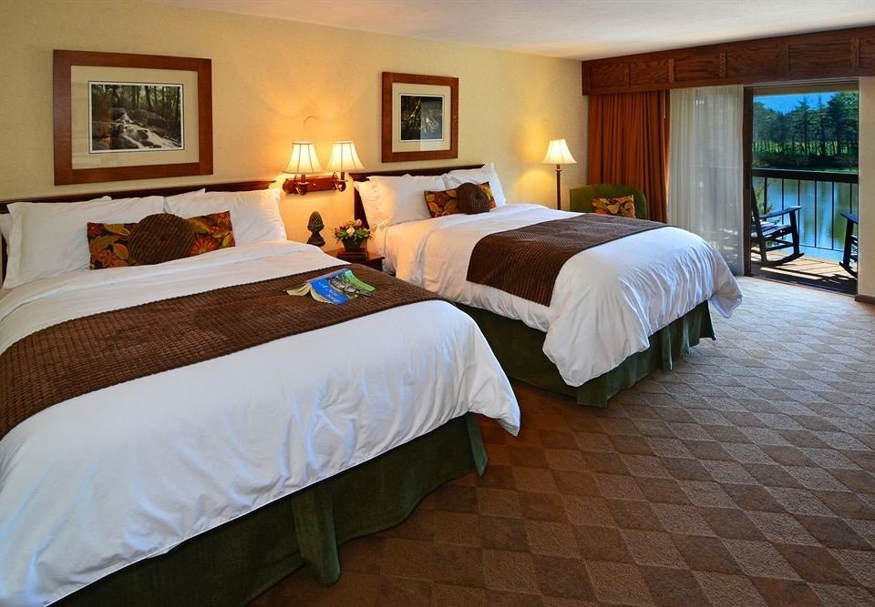 Bedroom Resort Romantic property Suite cottage Villa
