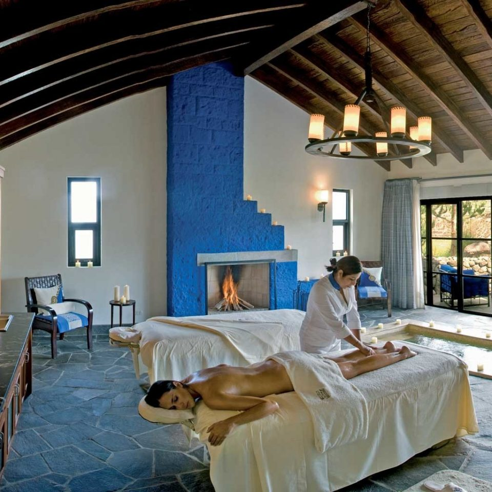Rustic Spa Wellness property living room home Bedroom Villa Resort mansion cottage