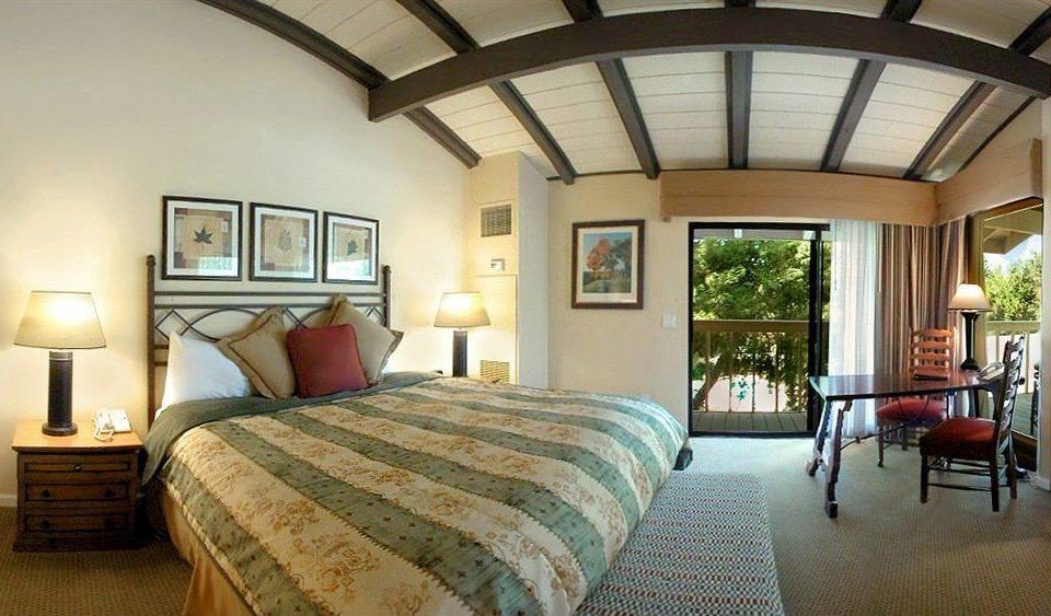 Bedroom Rustic Suite sofa property home cottage Villa farmhouse Resort living room mansion