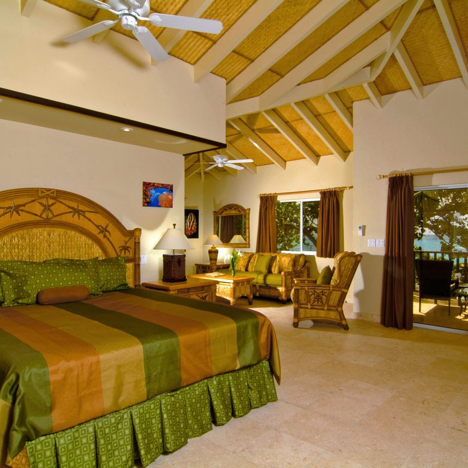 Bedroom Resort Scenic views Suite property Villa cottage home farmhouse hacienda eco hotel