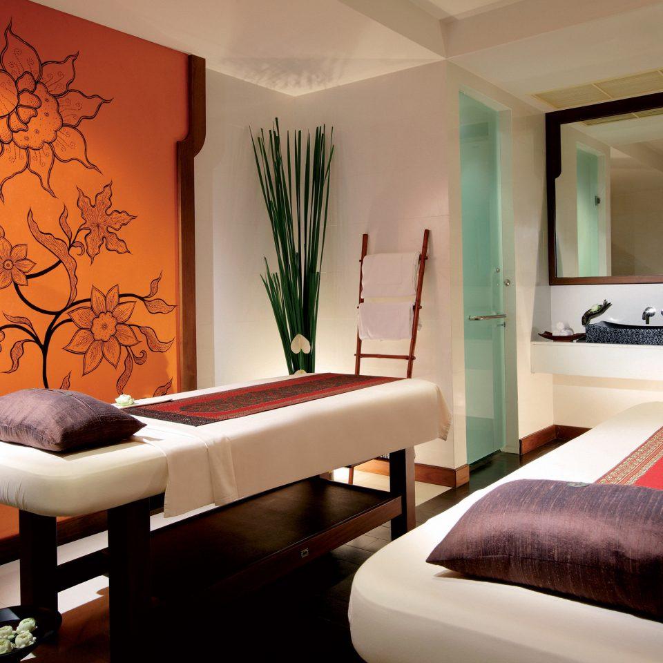 Resort Spa Wellness Bedroom Suite living room painting