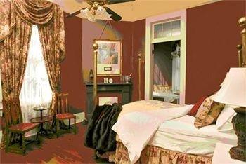 property Bedroom cottage Suite living room bed sheet Resort