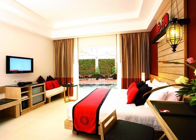 sofa property Suite Resort living room flat condominium nice Bedroom