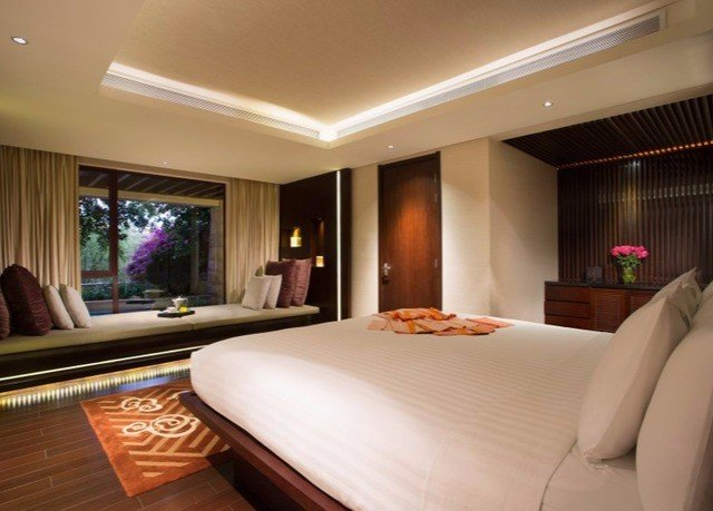 property Suite yacht Bedroom Resort condominium flat