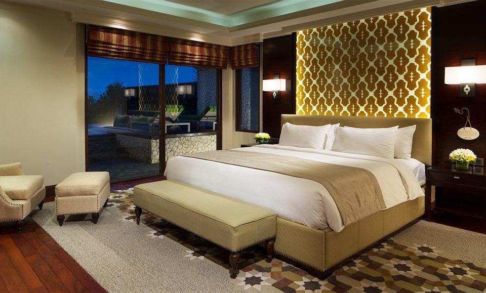 Bedroom property Suite condominium living room Resort
