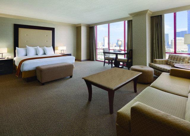 property Suite living room condominium home Resort Bedroom