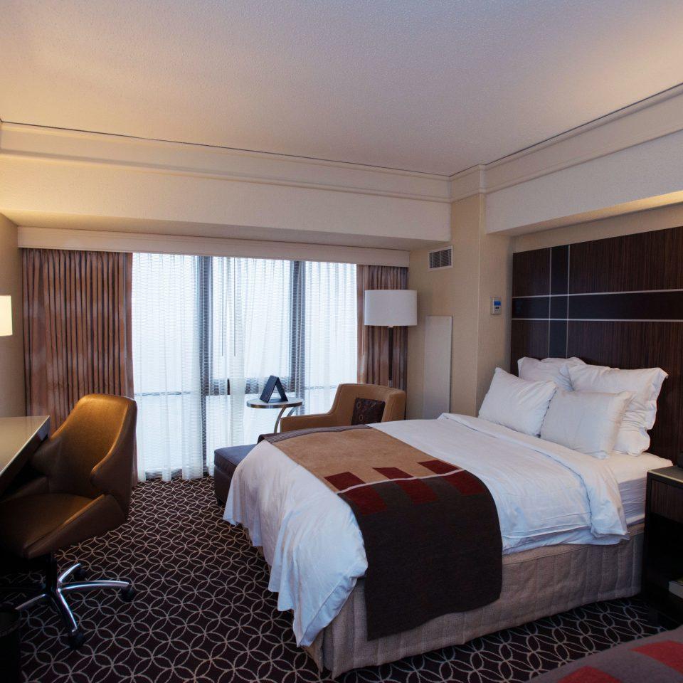 Bedroom property Suite Resort condominium