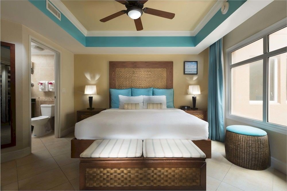 property Bedroom green Suite condominium home cottage Resort mansion living room