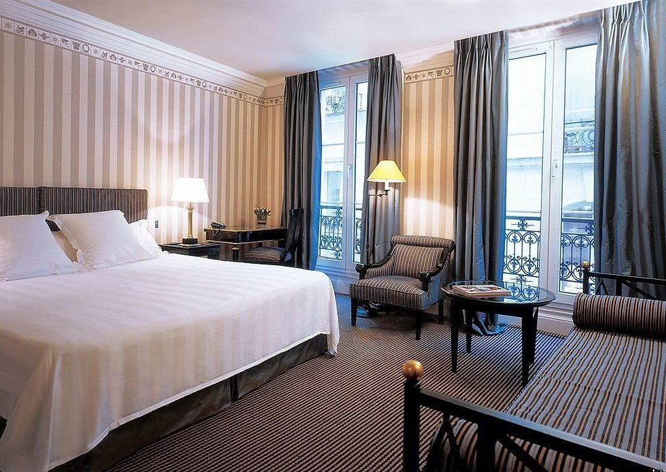 Bedroom curtain property Suite condominium Resort cottage