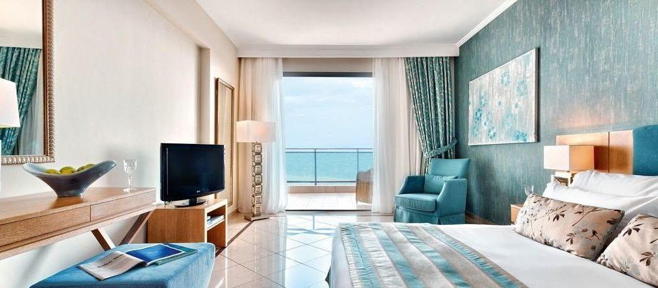 property Suite green condominium living room cottage Bedroom Resort flat