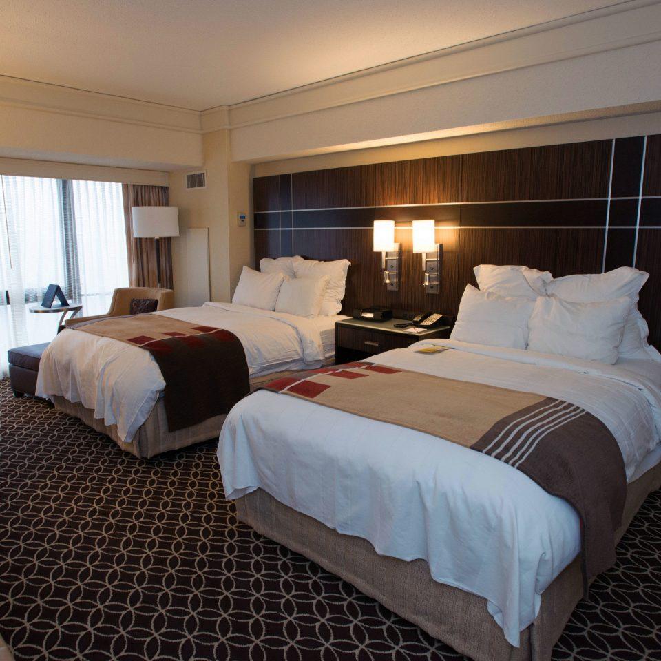 Bedroom property desk Suite vehicle yacht passenger ship cottage Resort