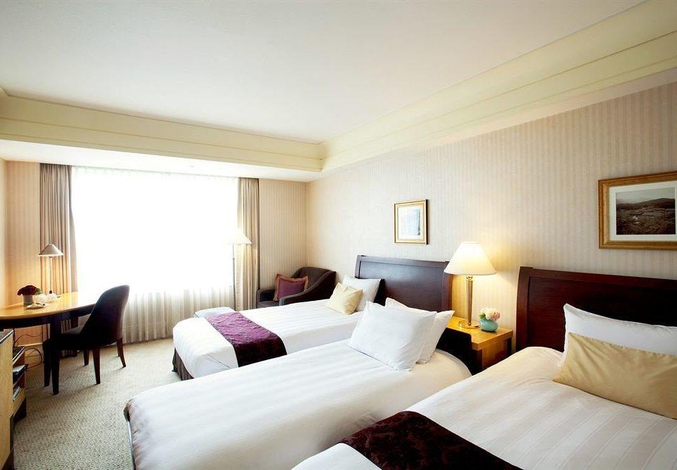 sofa Bedroom property Suite pillow cottage nice Resort flat