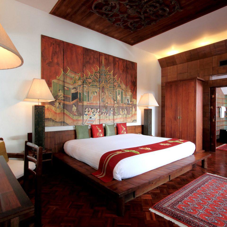 property Suite Bedroom home Resort cottage living room
