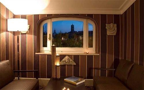 property Suite Resort mansion cottage Bedroom