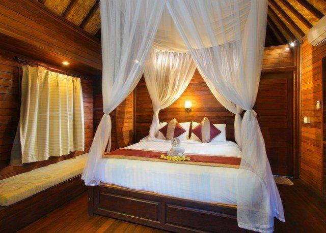 curtain Suite Resort cottage Bedroom