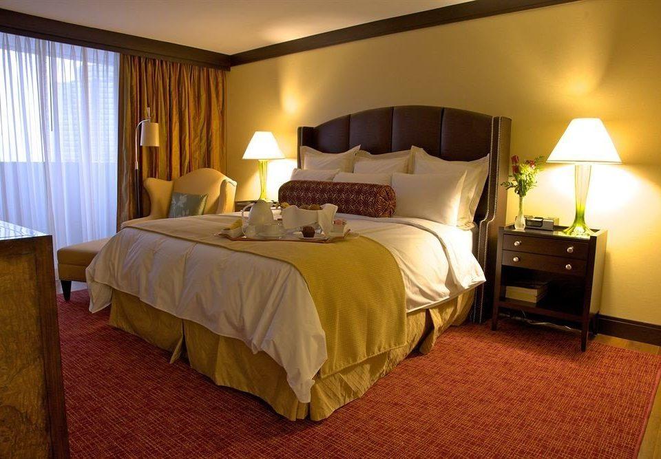 Bedroom property Suite scene cottage Resort lamp