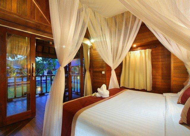 property Resort curtain Suite Bedroom