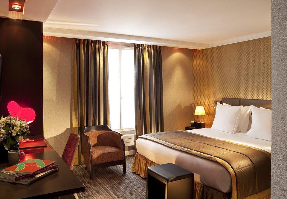 property Suite Bedroom Resort lamp flat