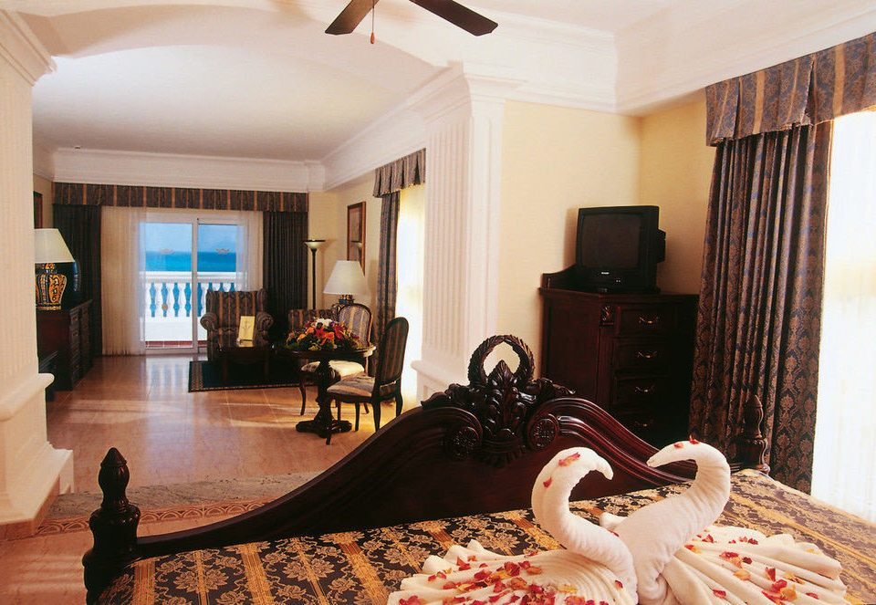 property living room Suite home Resort Bedroom rug