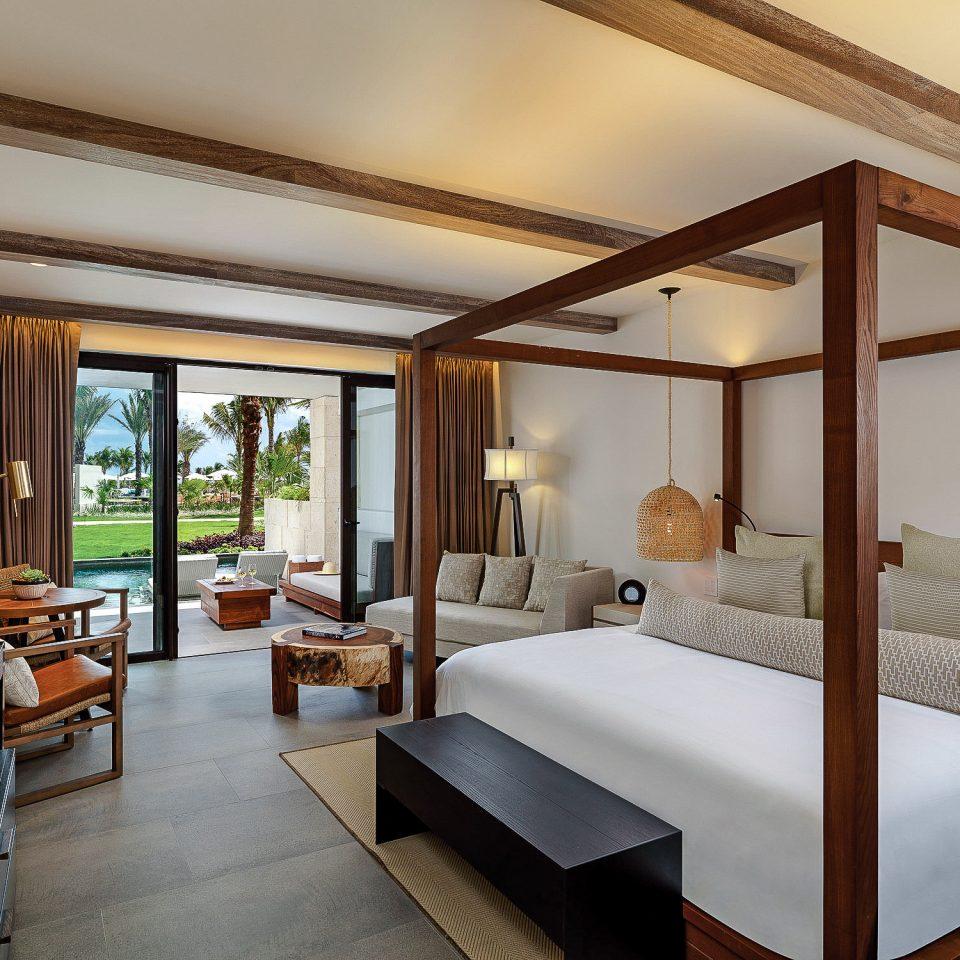 Bedroom Suite Resort living room